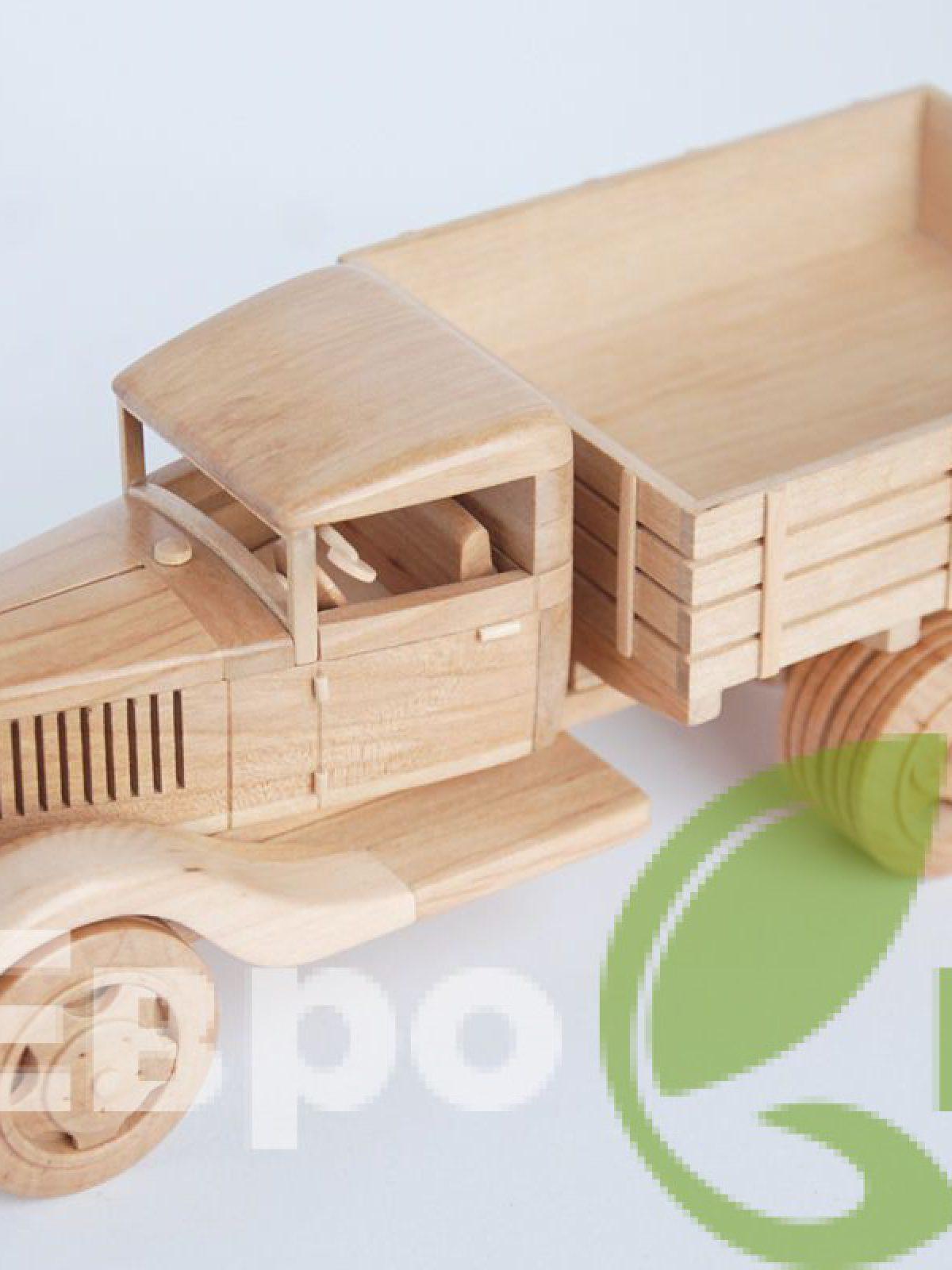 Грузовик модель из дерева